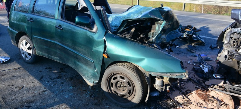 Tragedia w Krośnie. W wypadku zginęło dwóch kierowców (FOTO)