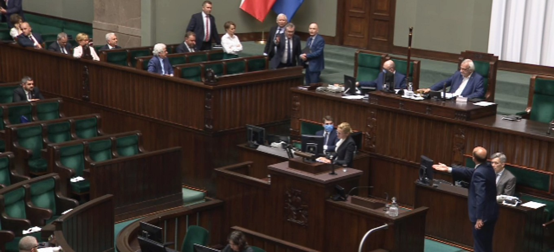 AWANTURA W SEJMIE: Kaczyński do posłów: Hołota chamska (VIDEO)
