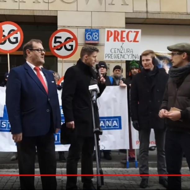 WARSZAWA : Protest przeciwko cenzurze pod PAP  w Warszawie (VIDEO NA ŻYWO)