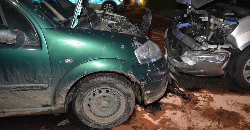 PODKARPACIE: Kompletnie pijany z impetem wjechał w forda (FOTO)