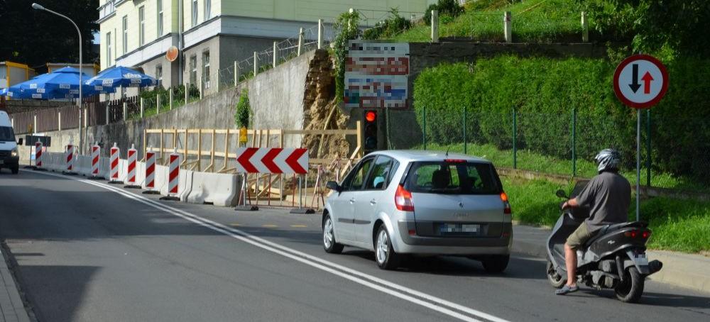 """Kiedy ulica 3 Maja będzie w pełni drożna? ,,To są żmudne działania, które mogą długo potrwać"""" (FOTO)"""