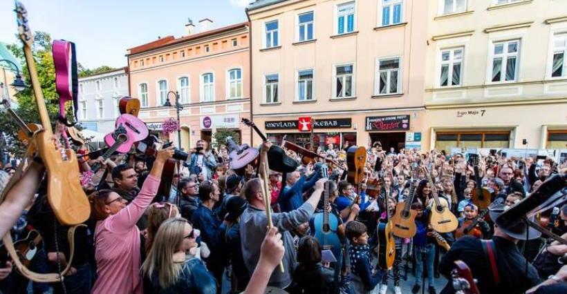 Rzeszów Breakout Days. Akcja Gramy dla Nalepy pod pomnikiem muzyka!