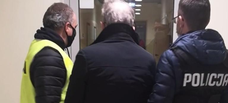 Wyłudzali VAT. Rzeszowska policja zatrzymała 5 osób