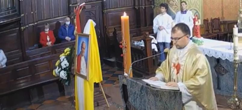 DZISIAJ/18:00: Wyjątkowe urodziny! TRANSMISJA LIVE uroczystej Mszy Świętej (VIDEO)