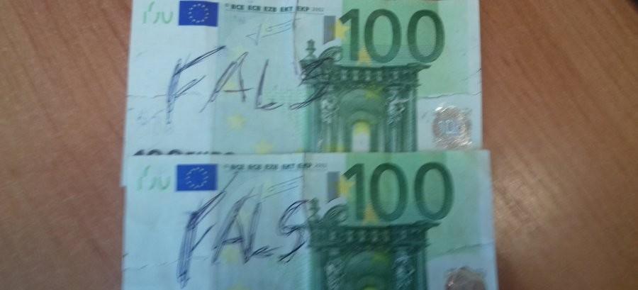 Zapłacił za samochód fałszywymi banknotami