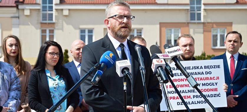 GRZEGORZ BRAUN: Jeśli zostanę prezydentem, ogłoszę Rzeszów strefą wolną od lockdownu (VIDEO, ZDJĘCIA)