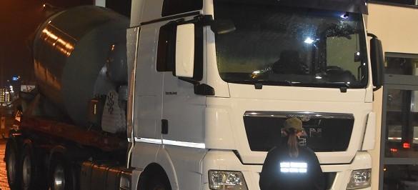 Skradziona betoniarka i mercedes. Nie wyjechały z Polski (FOTO)