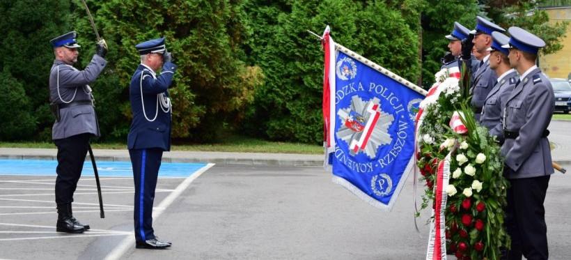 102. rocznica powstania Policji Państwowej. W Rzeszowie uczczono pamięć policjantów (ZDJĘCIA)