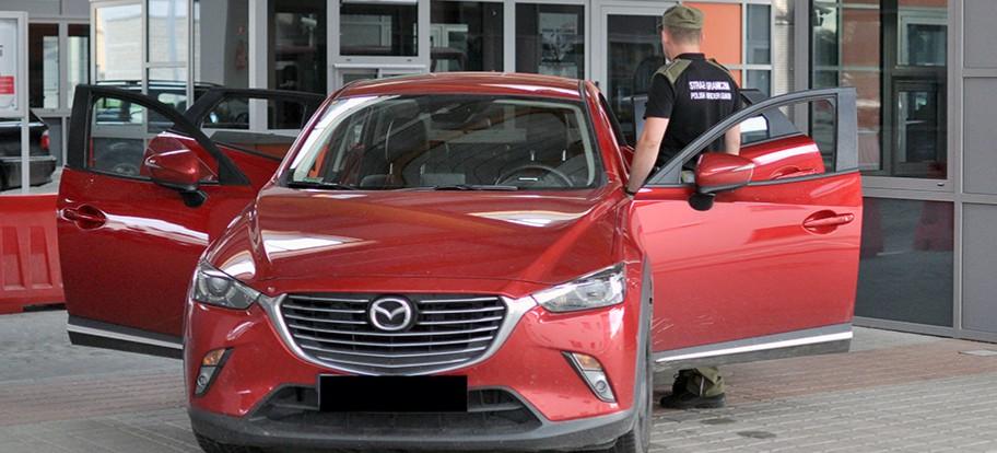 Mazda za 80 tys. zł zatrzymana na granicy. Była poszukiwana w całej Europie (FOTO)