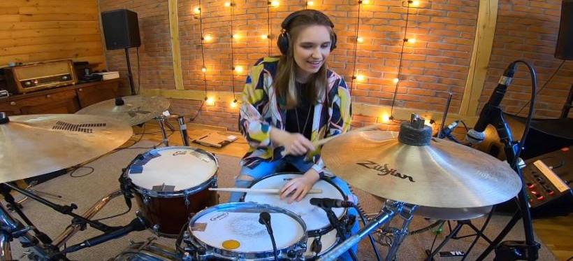 Studentka Uniwersytetu Rzeszowskiego najlepsza w międzynarodowym konkursie perkusyjnym! (VIDEO)
