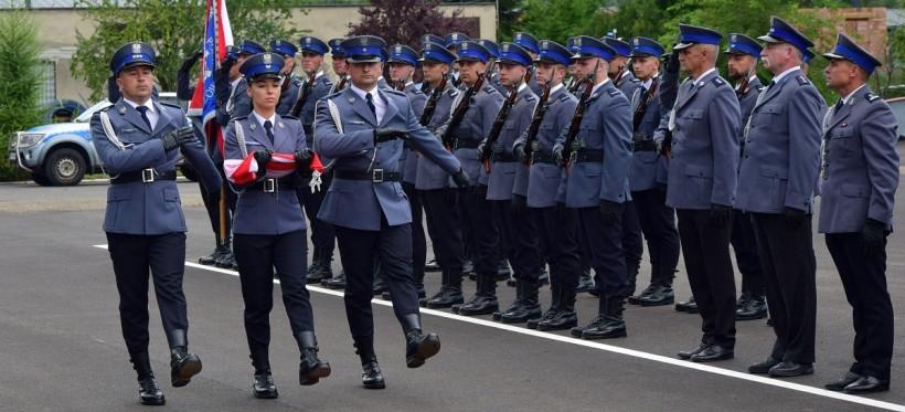 Święto Policji w rzeszowskim oddziale prewencji. Były awanse i ślubowanie (ZDJĘCIA)