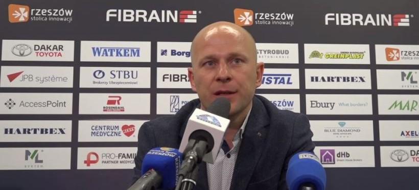 PIŁKA NOŻNA. Janusz Niedźwiedź nie jest już trenerem Stali Rzeszów