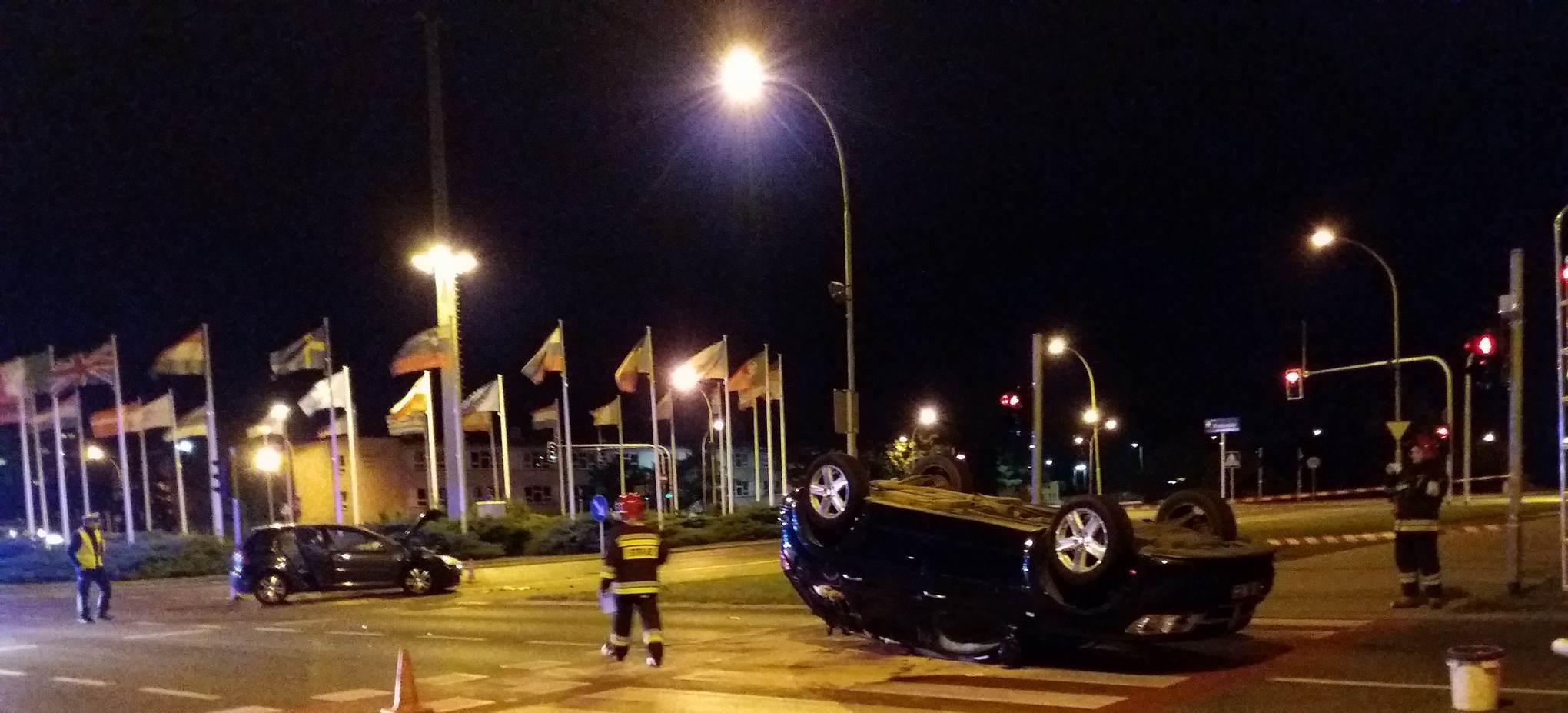 Wypadek na Krakowskiej, jedna osoba ranna (FOTO)