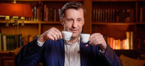 Witold Gadowski: Czy inwestycje AstraZeneki w Polsce mają wpływ na decyzje rządu?