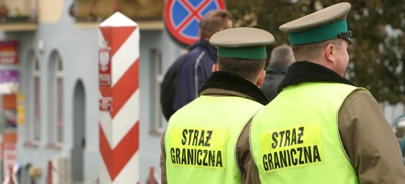 Kontrole graniczne w strefie Schengen – na Podkarpaciu lotnisko w Jasionce i granica ze Słowacją