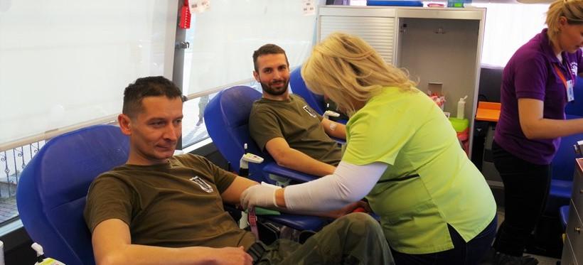 """Podkarpaccy """"Terytorialsi"""" aktywnie wspierają krwiodawstwo"""