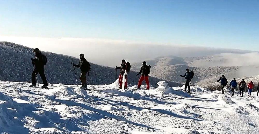 BIESZCZADY: Ochrona granicy na nartach. Ekstremalne szkolenie skiturowe (VIDEO)