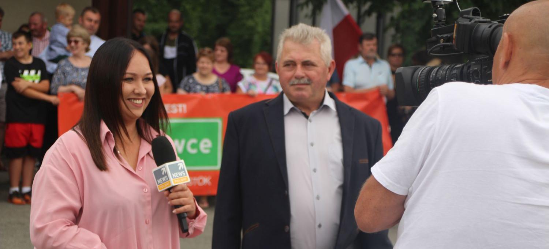 SANOK. Sprzeciw mieszkańców wsi usłyszy cała Polska. Polsat w Zabłotcach (VIDEO, ZDJĘCIA)