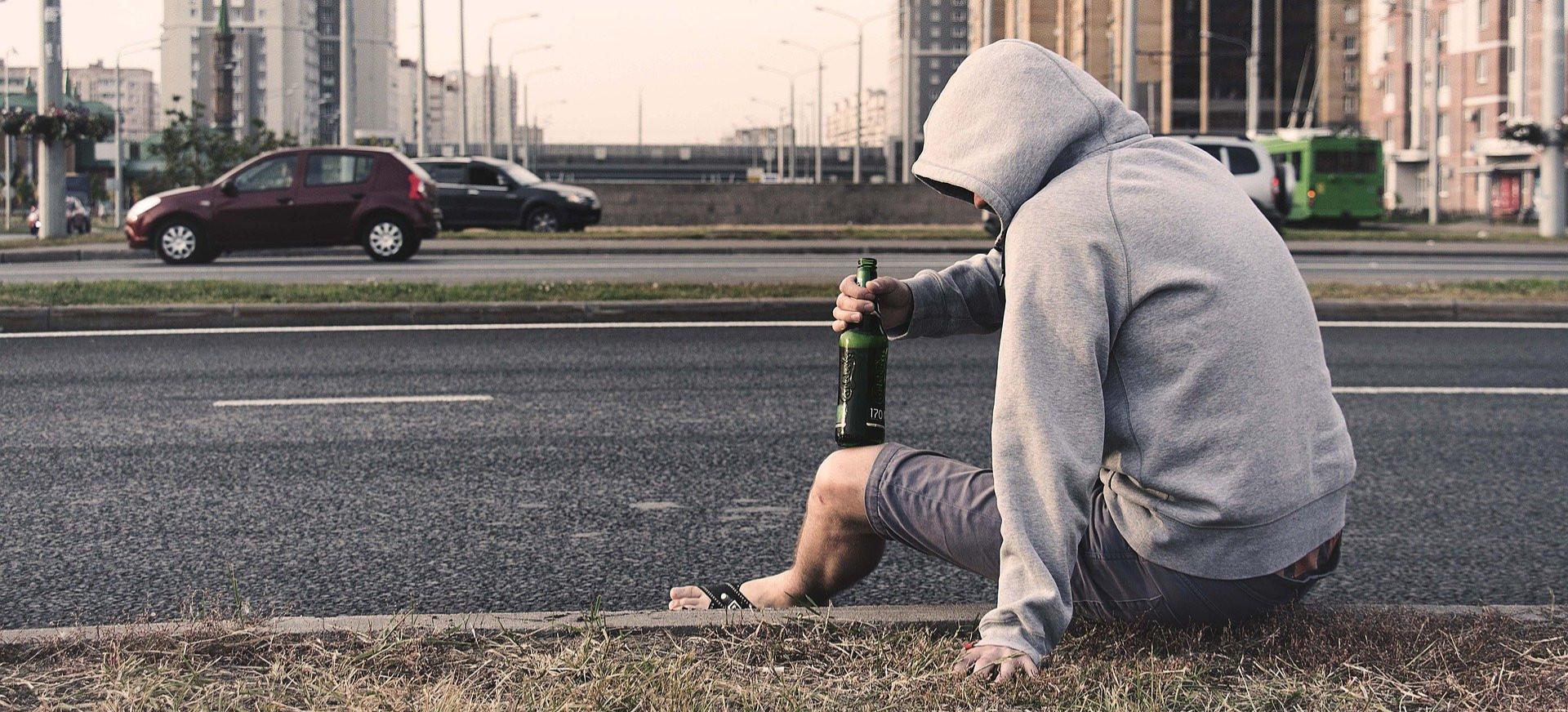 52-latek złamał obowiązek izolacji i poszedł kupić alkohol