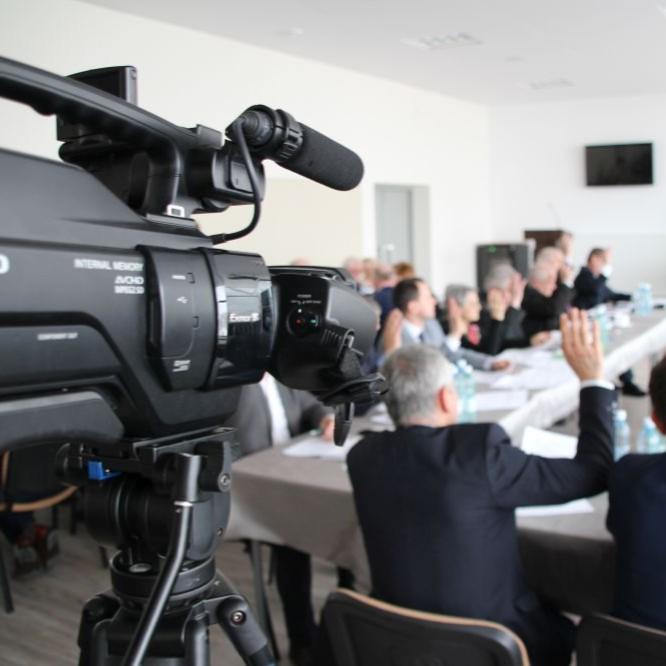 Zaprzysiężenie burmistrza Szymona Stapińskiego. Ślubowania radnych (TRANSMISJA LIVE)