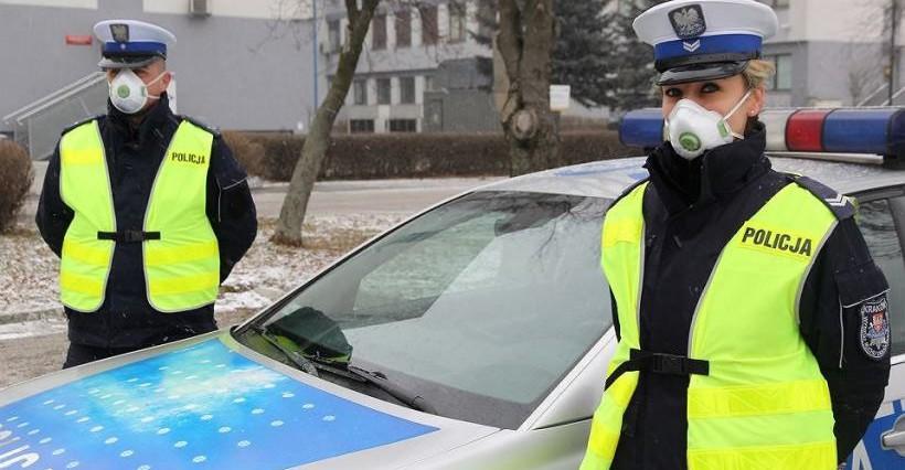 """PODKARPACIE. Policyjna akcja """"SMOG"""". Skontrolowano ponad 1000 pojazdów"""