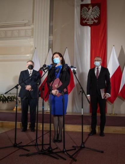 Wojewoda podsumowała Narodowy Program Szczepień na Podkarpaciu