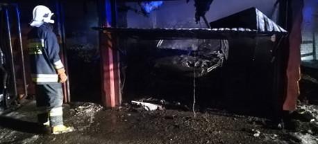 Pożar garażów w Bykowcach! (VIDEO, ZDJĘCIA)