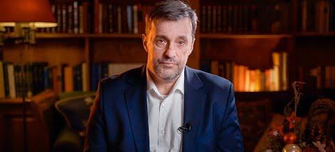 Witold Gadowski: Zespół prawników określił narodowy program szczepień eksperymentem medycznym