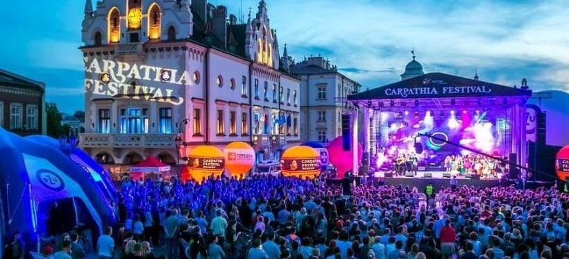 XV Carpathia Festiwal. Gwiazdami Frąckowiak i Szpak. Wystąpi też zwyciężczyni Voice Kids z Rzeszowa! (WIDEO)