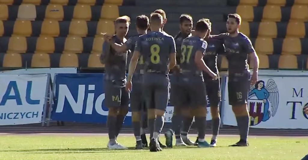 PIŁKA NOŻNA. Rzeszowskie drużyny II ligi wróciły do gry! (WIDEO)