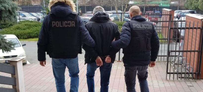 Rzeszowscy policjanci rozbili zorganizowaną grupę przestępczą handlującą papierosami