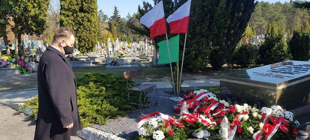 11. rocznica katastrofy w Smoleńsku (ZDJĘCIA)