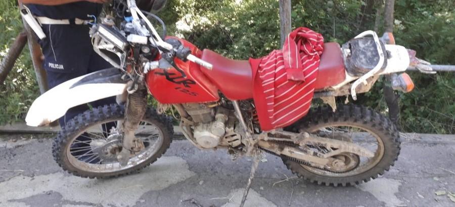POWIAT BRZOZOWSKI: Pijany motocyklista spowodował kolizję (FOTO)
