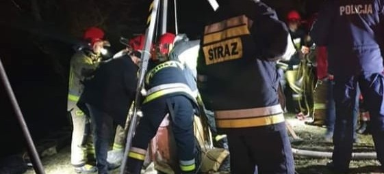 PODKARPACIE. 24-latek wpadł do studni. Był reanimowany, zmarł w szpitalu (FOTO)