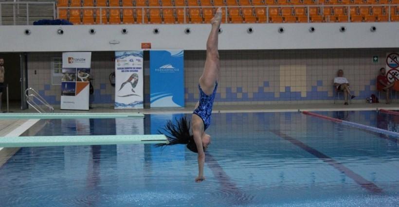Sukces rzeszowian. 27 medali na Mistrzostwach Polski w skokach do wody!