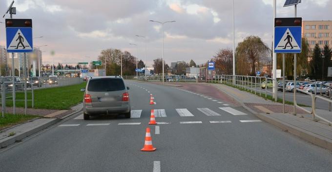 Potrącenie kobiety na przejściu dla pieszych (FOTO)