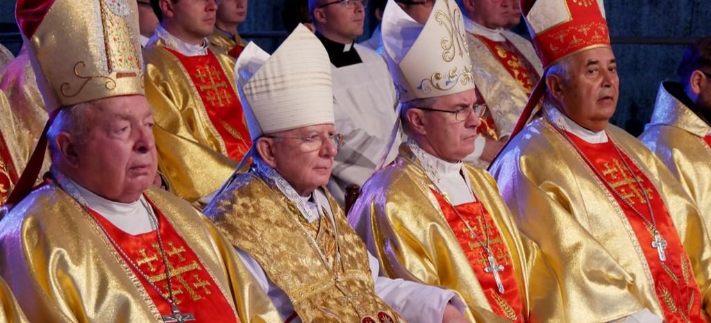 Biskupi rzeszowscy bronią abpa Jędraszewskiego (LIST, WIDEO)