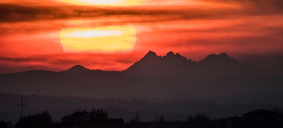 Tatry z Malawy o zachodzie słońca! Wyjątkowy widok (ZDJĘCIA)