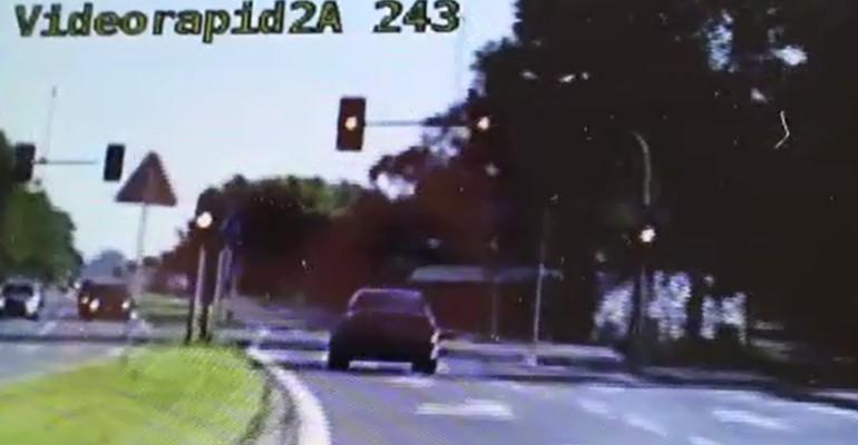 Przekroczył prędkość o 75 km/h! (VIDEO)