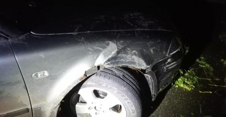 """""""Pożyczył"""" samochód, uszkodził go. Był na procentach (ZDJĘCIA)"""