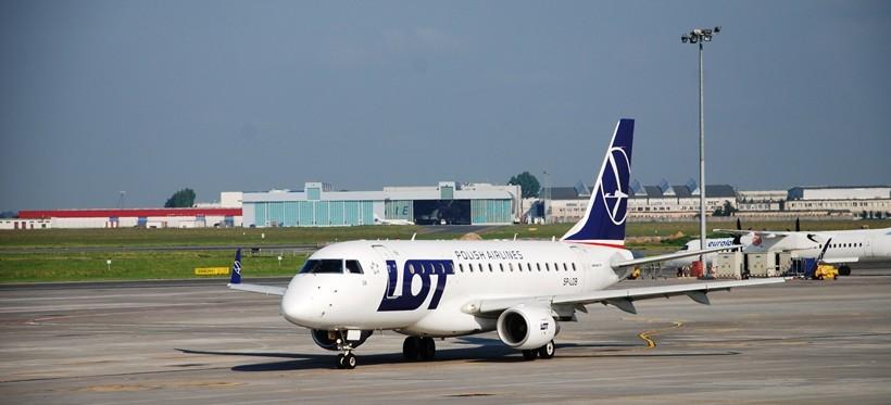 Od 1 czerwca powracają loty z Rzeszowa do Warszawy!