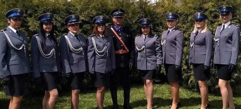 SANOK: Policjantki z Bieszczadów nagrywały film w Skansenie (VIDEO)