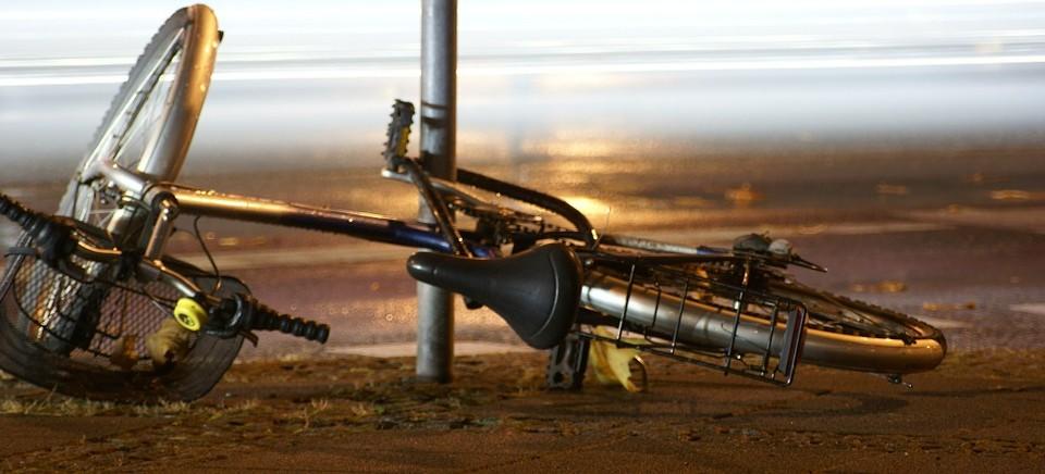 Potrącenie rowerzysty. Kierujący nie ustąpił pierwszeństwa