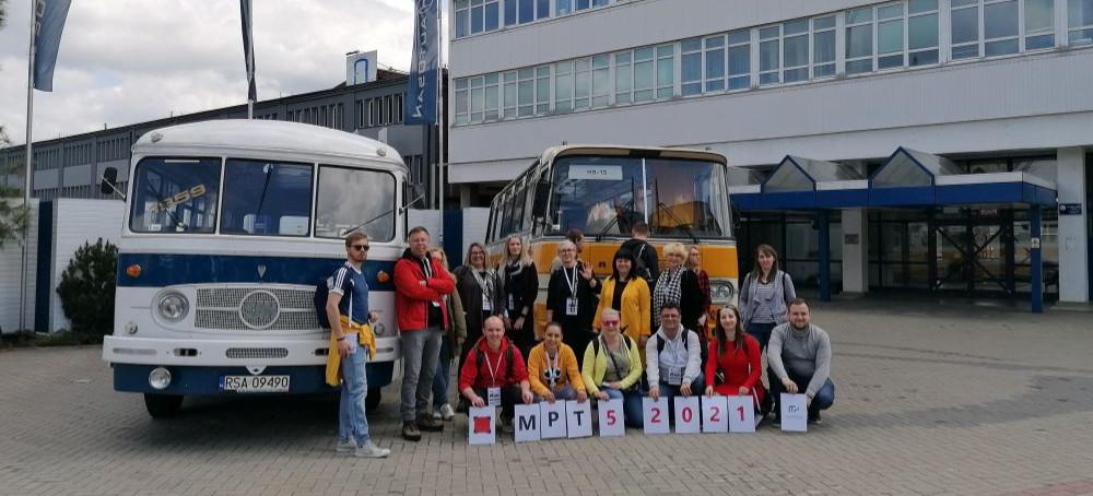 Zabytkowe autobusy wzbudziły zachwyt