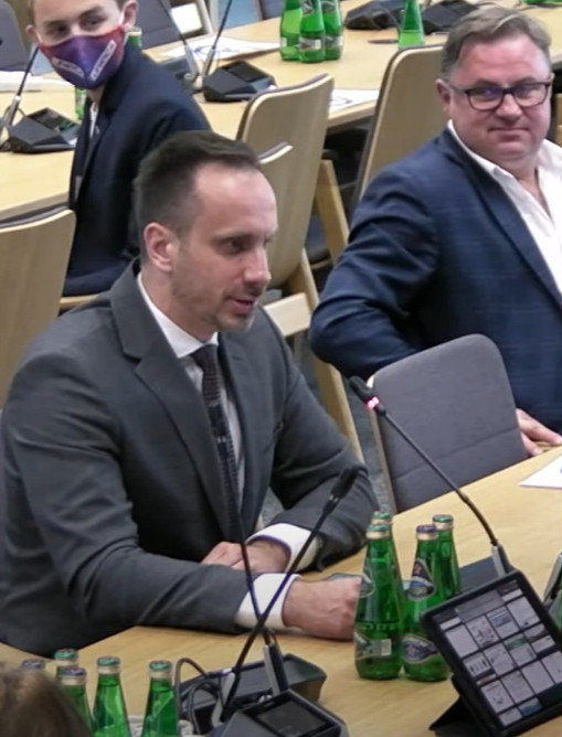 KOWALSKI Solidarna Polska : Miliony Polaków zapłaci więcej za prąd i ogrzewanie. Katastrofalne koszty energii