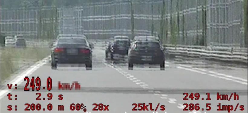 PODKARPACIE. 44-latek pędził autostradą A4 249 km/h! (WIDEO)