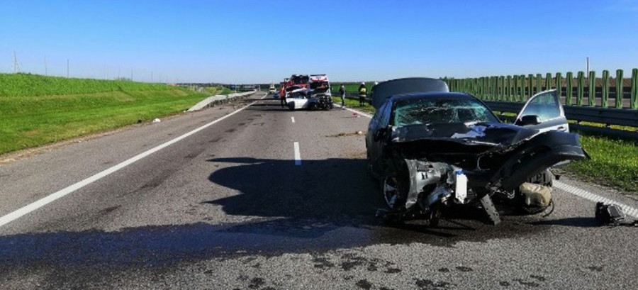 Groźny wypadek na autostradzie A4 (FOTO)