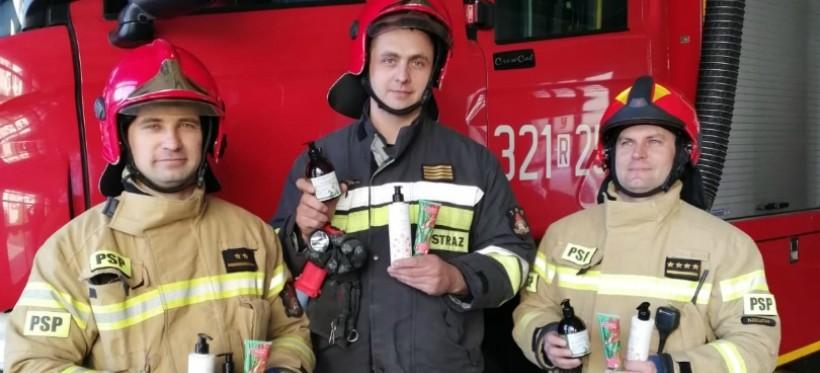 KORONAWIRUS. Kosmetyki dla rzeszowskich strażaków i ratowników!