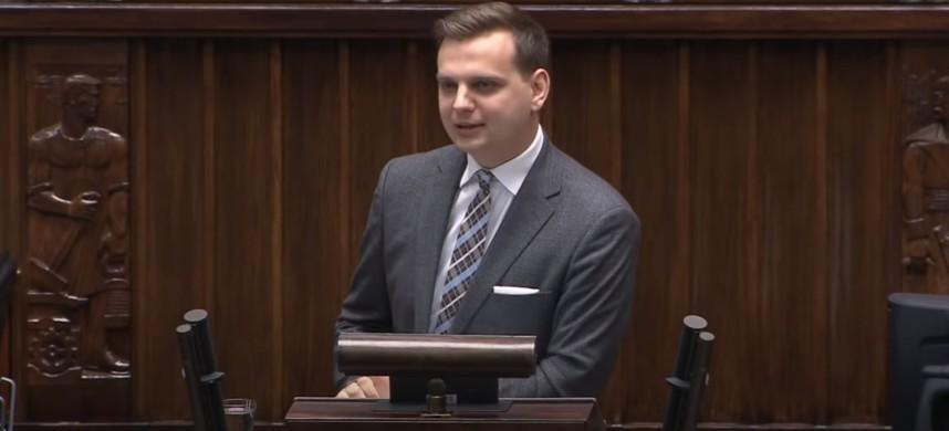 J. Kulesza mówi o tym, jak PiS przekupuje wyborców ich własnymi pieniędzmi