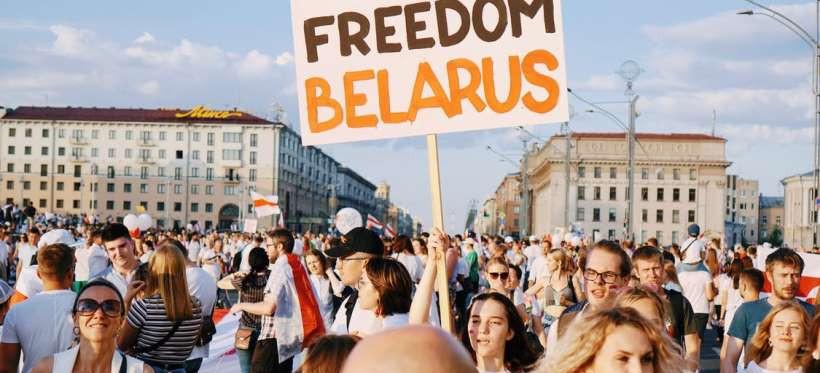 Uniwersytet Rzeszowski solidarnie z Białorusią. Posadzą drzewo pamięci